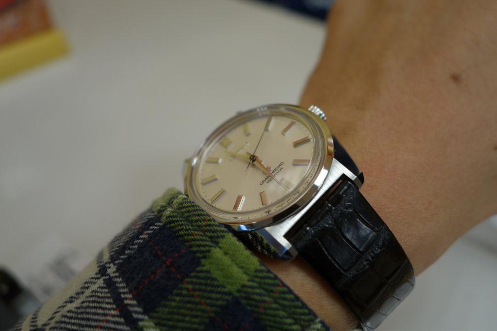 grand-seiko- SBGW047-on-wrist
