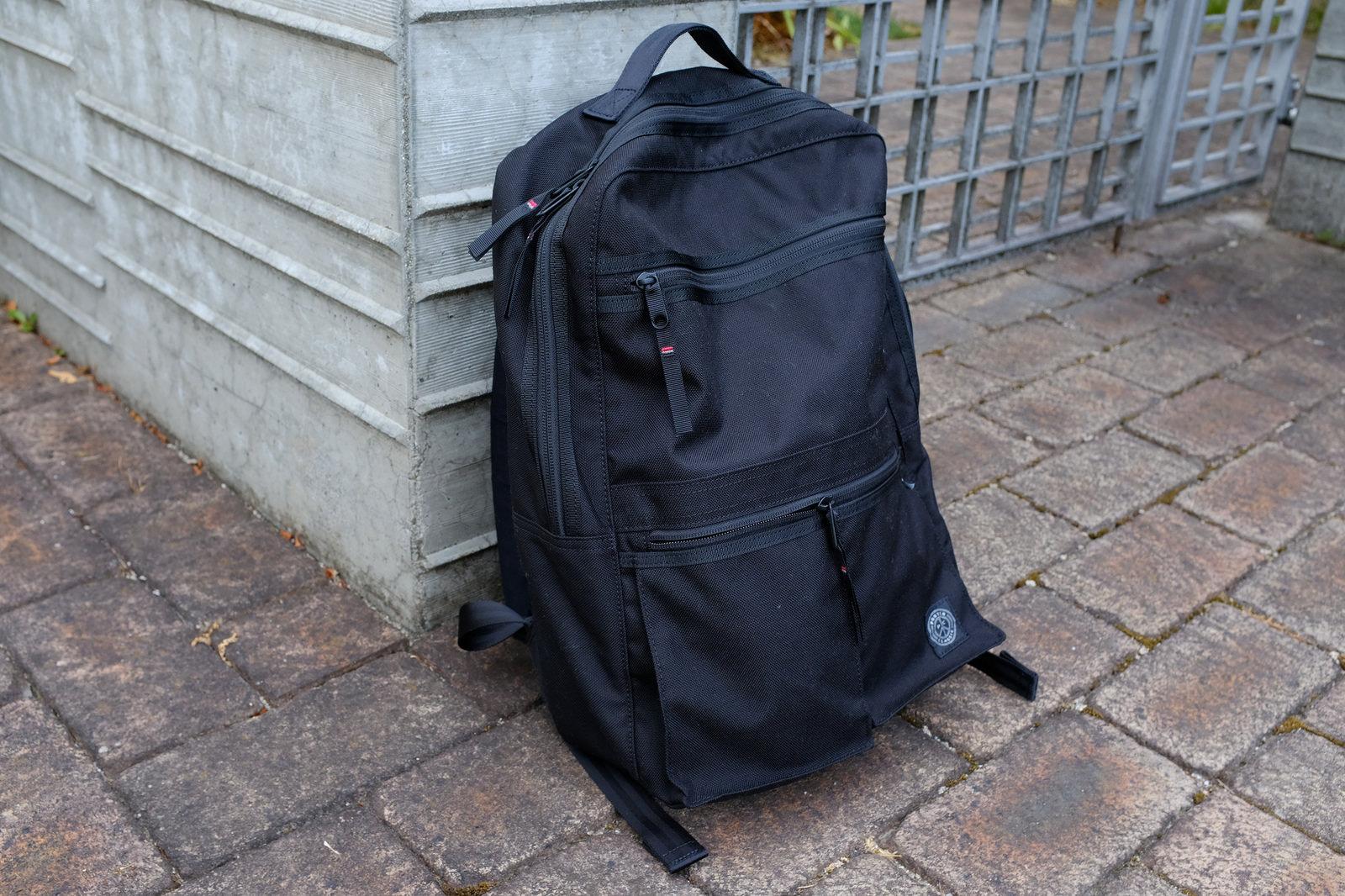 b6bdfa319c3f ポータークラシック ニュートンバッグのビジネスリュックはスーツ ...